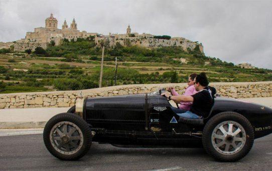 Фестиваль раритетных автомобилей Malta Classic в Мдине