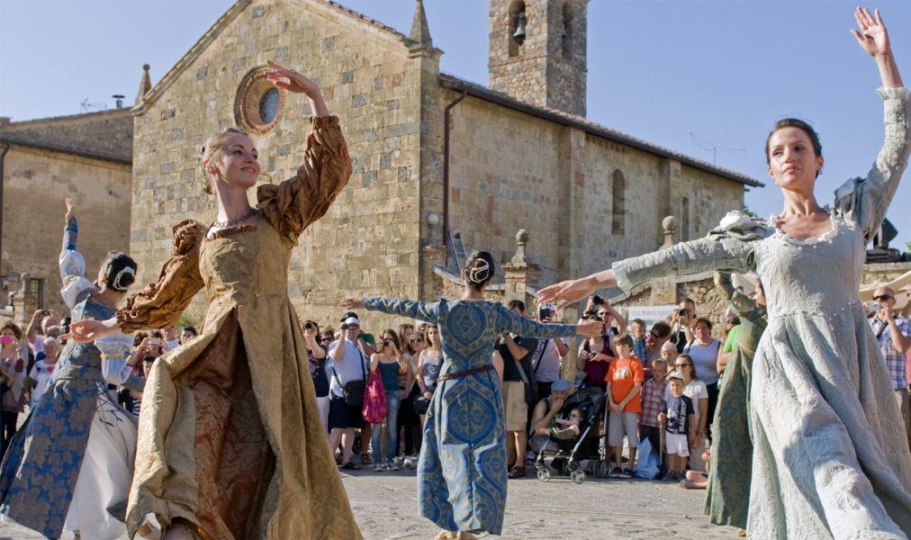 средневековье люди фото мнению