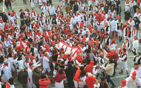 Исторический карнавал в Оффиде