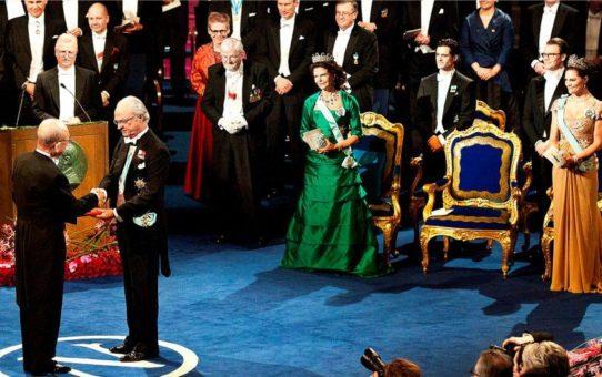 Церемония вручения Нобелевской премии в Стокгольме