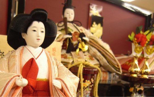 Праздник кукол Хинамацури в Японии