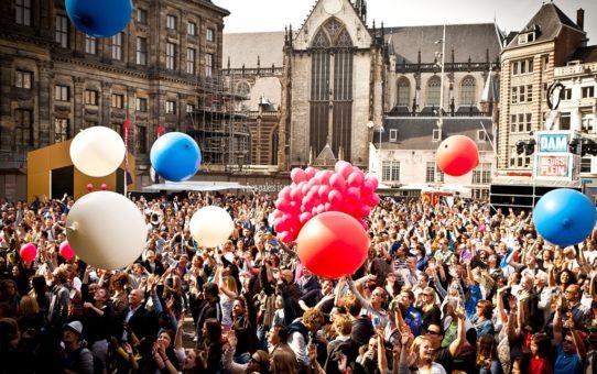 День освобождения в Амстердаме