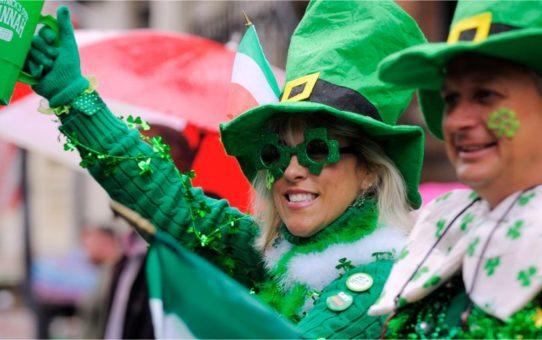 День St Patrick's в Дублине