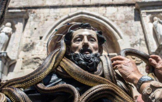 Фестиваль змей в Кокулло