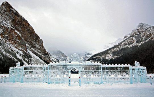 Фестиваль ледяной магии на озере Луиз в национальных парках Банф и Джаспер