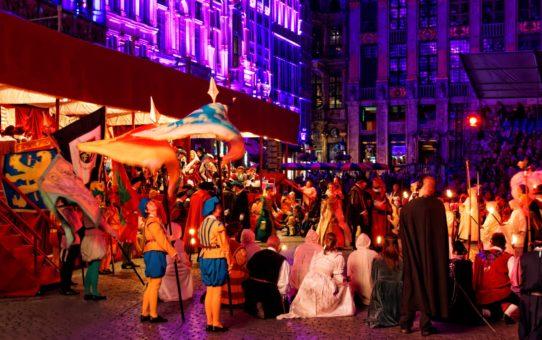 Праздник Ommegang в Брюсселе