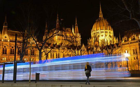 Рождество Trams в Будапеште