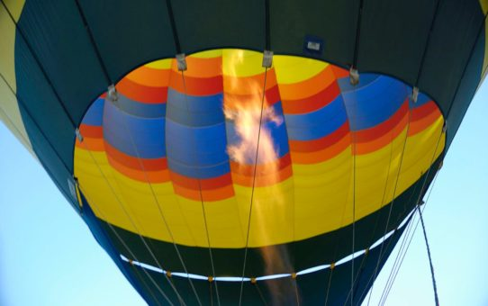 Фестиваль воздушных шаров и вина в долине Темекула в Калифорнии