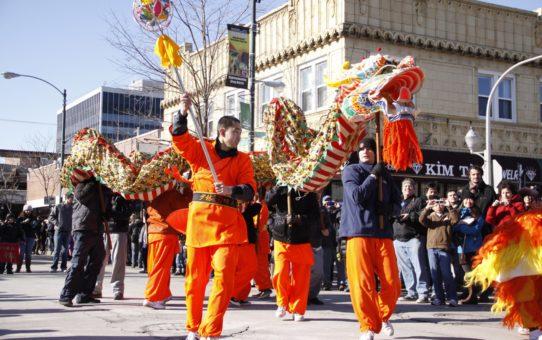 Парад на Китайский новый год в Чикаго