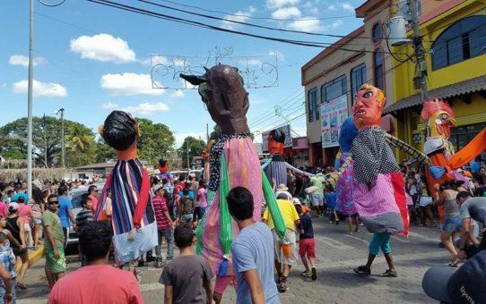 Национальный праздник Санта-Крус в Коста-Рике