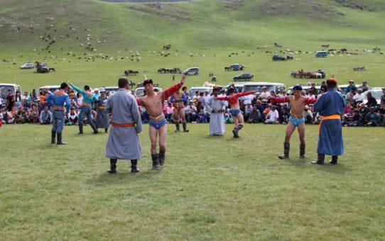 Фестиваль Надам в Монголии