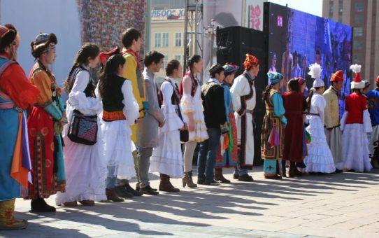Новый год в день весеннего равноденствия (Наурыз) в Монголии
