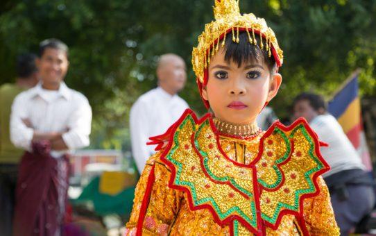 Церемония послушания или Синбю в Мьянме