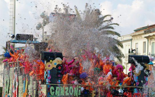 Карнавал Виареджио в Тоскане