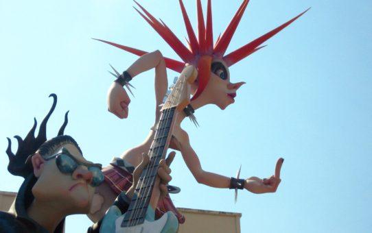 Лас Фальяс (Огненный фестиваль) в Валенсии