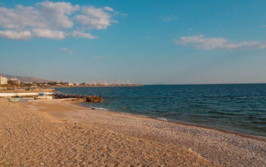 Пляжный сезон на материковой Греции