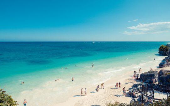 Пляжный сезон в Канкуне, Мексика