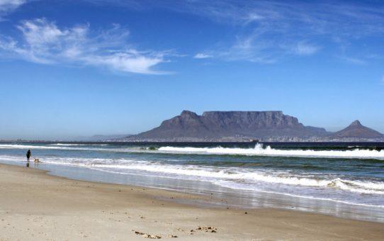 Пляжный сезон в  Кейптауне, ЮАР