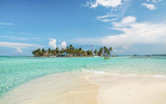 Пляжный сезон в Колумбии, США