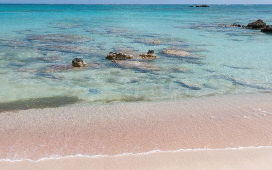 Розовые песчаные пляжи на Крите, Греция