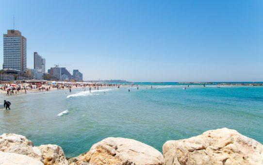 Израильский пляжный сезон