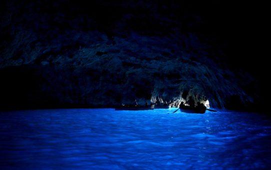 Голубой грот (Grotta Azzurra), Капри