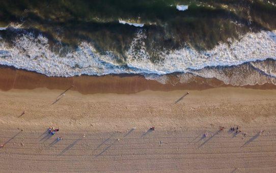 Пляжный сезон в Лос-Анджелесе, США