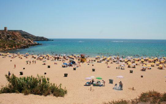 Пляжный сезон на Мальте
