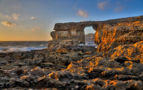 Закат через  Лазурное окно на Мальте