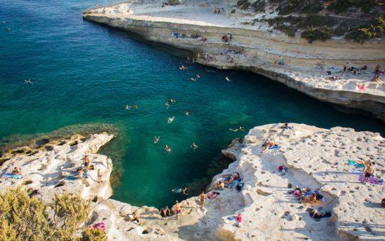 Плавание в Бассейне Святого Петра на Мальте