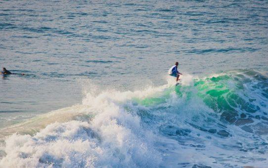 Серфинг сезон в Мексике