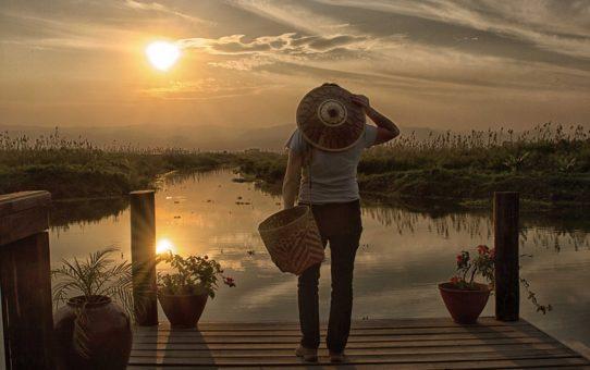 Невероятные закаты и восходы солнца в Мьянме