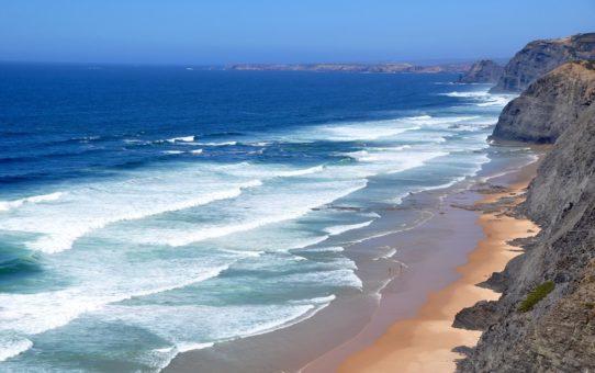 Пляжи Алгарве в Португалии