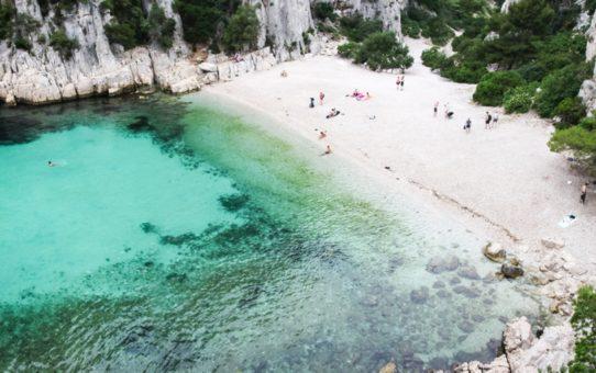 Пляжный сезон в Провансе, Франция
