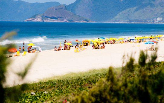 Пляжный сезон в Рио де Жанейро, Бразилия