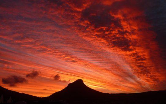 Красные Закаты в Кейптауне