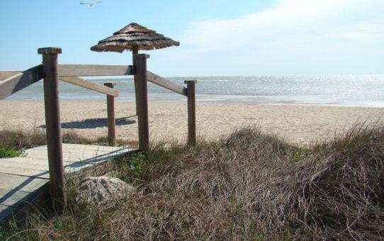 Пляжный сезон в Техасе, США