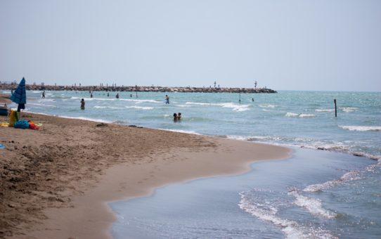 Пляжный сезон в Тоскане, Италия